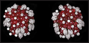 bulgari-cabochon-ruby-diamond-brooches