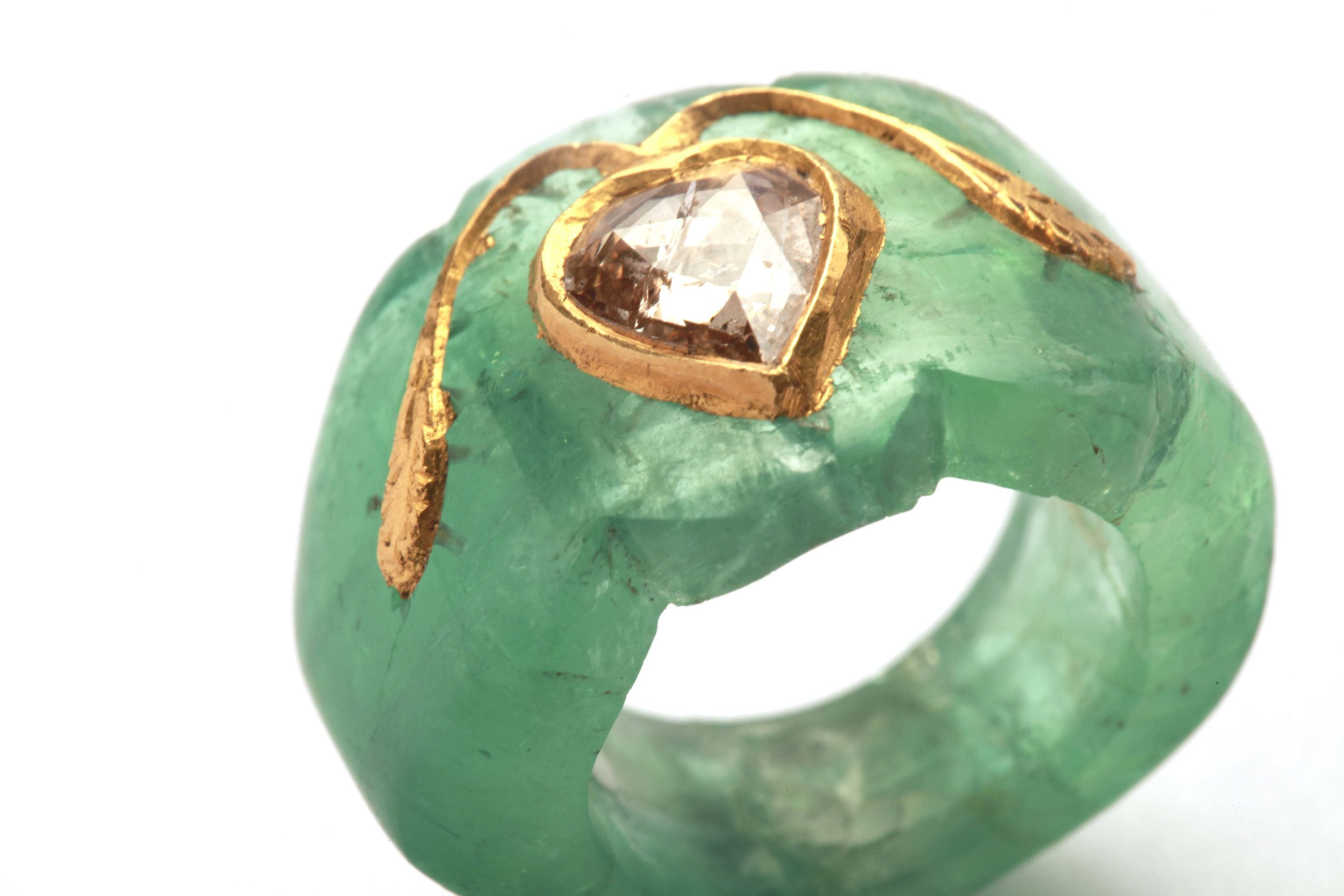 indian carved emerald ring eleuteri