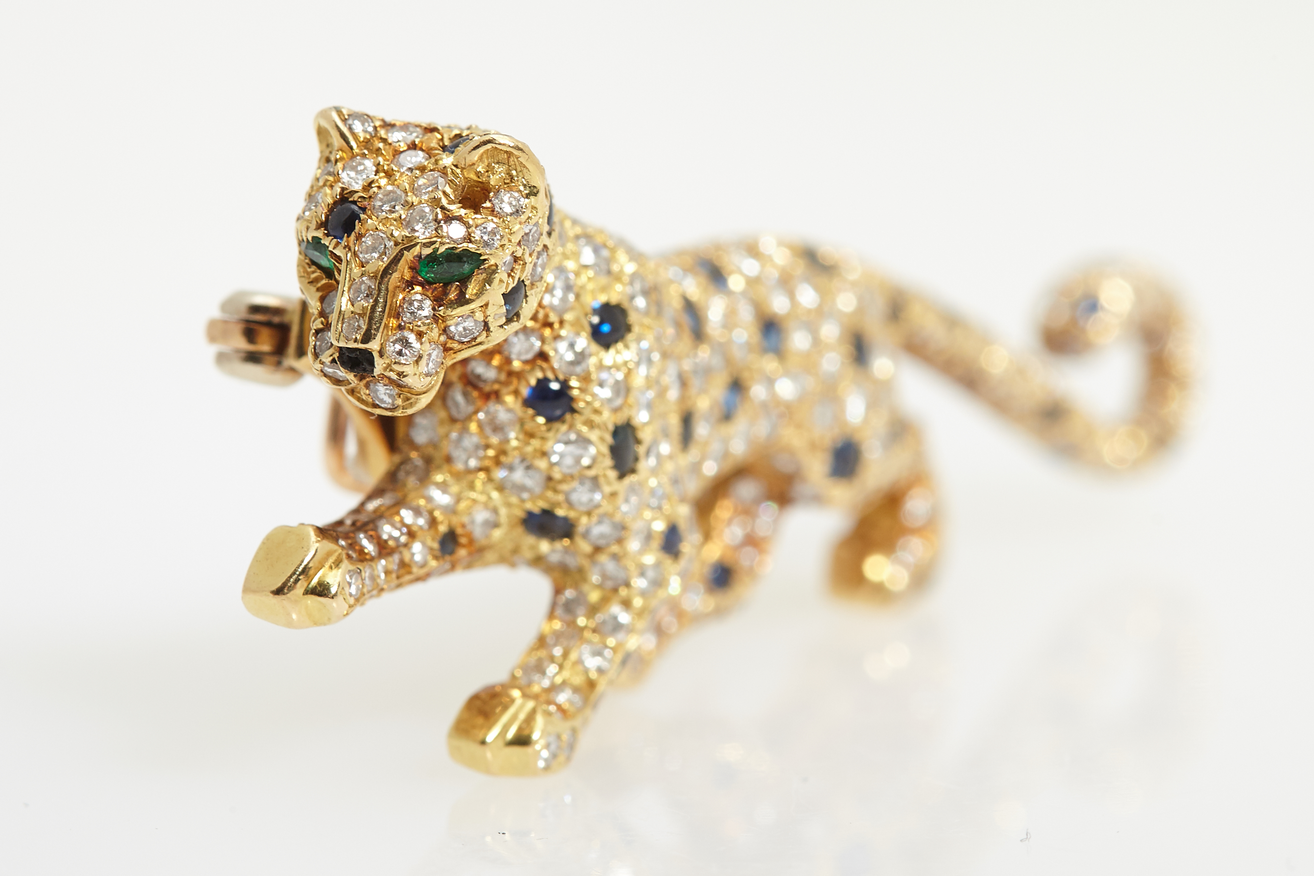 diamond id for foliate cartier rare org panther brooches sale jewelry bulgari at brooch j master sapphire