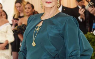 Lynda Carter (Wonder Woman) at The Met Gala with Eleuteri jewels!